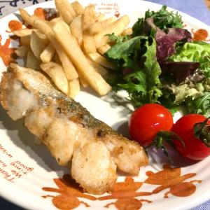 鱈のチーズ風味フライ♪ 所謂「チータラ」ですね