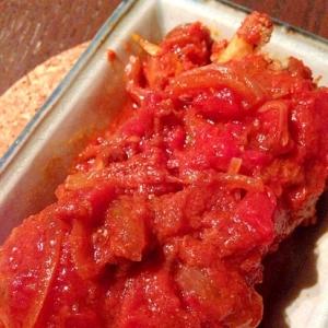 ゴボウ入りハンバーグのトマト煮込み