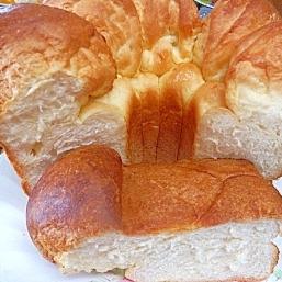 シフォン型で作るモコモコパン
