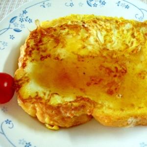 簡単美味♡フレンチトーストのメープルシロップがけ♪