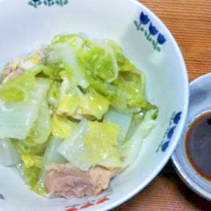 白菜と鶏もも肉の蒸煮