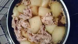 大量生産◎豚肉と冬瓜の煮物