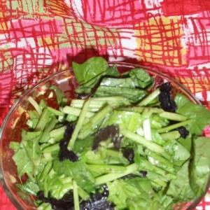 サラダほうれん草の海苔わさサラダ