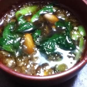 小松菜と茹でピーナッツとおろしの漬け汁