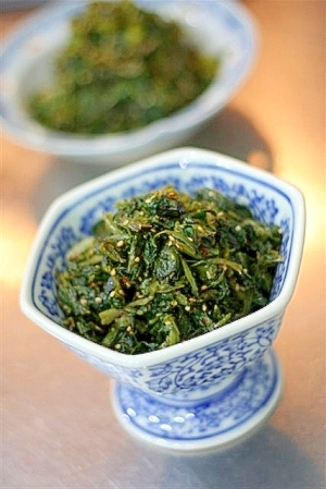 自家製高菜のピリ辛炒め