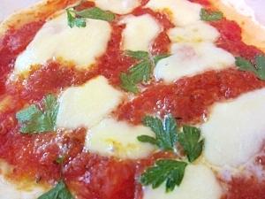 モッツァレラチーズとイタリアンパセリのピザ☆