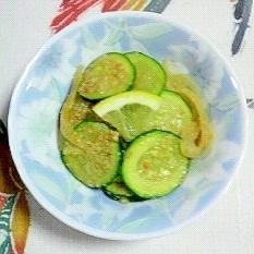 ズッキーニと玉葱の和え物~♫