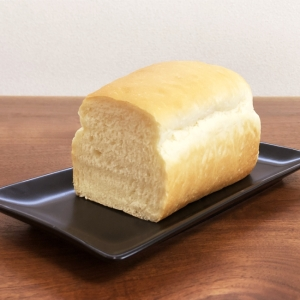 HB・シンプルでちょっと甘いミニ食パン