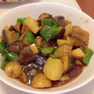 根菜のニンニク炒め(地三鮮)