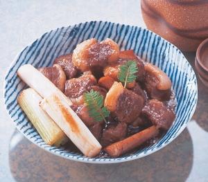 馬ばら肉の角煮