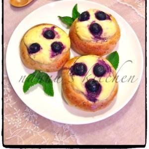 北欧フィンランド♥ベリークリーム菓子パン
