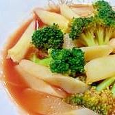 ホワイトアスパラとブロッコリーのトマトスープ