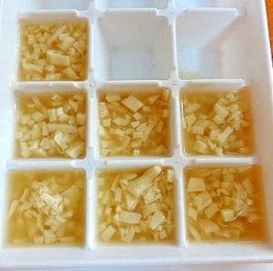離乳食後期 レンジで!初めての角切り煮込み高野豆腐