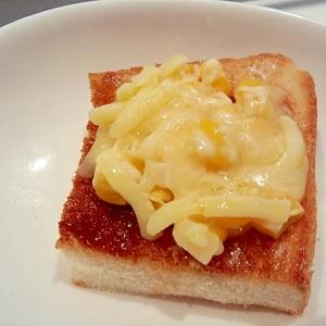 コーンマヨのチーズトースト♪ソース味^^