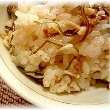 ♪♪梅味がウメ~★夏バテ防止の簡単炊き込みご飯♪♪
