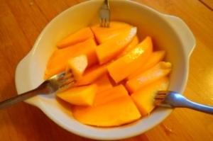 マンゴーの切り方(食べ方)
