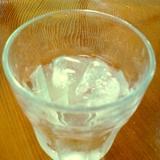 酔いたい時に☆ライム水割りジン入り焼酎☆*:・