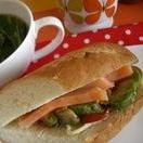 フランスパンでアボカドサンドイッチランチ!