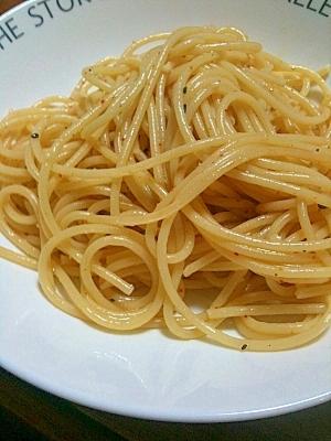 簡単ヤミツキにんにくパスタ レシピ・作り方 by くみゃあ 楽天 ...