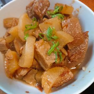 味噌ラフテーと大根の煮物