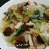 野菜たっぷり!キャベツで八宝菜、ヘルシーに!