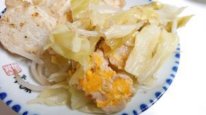 卵と豚ばらでシンプルな野菜炒め