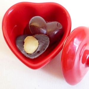マカデミアナッツチョコレート
