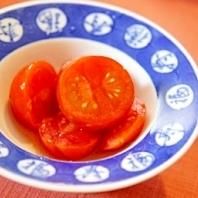 大人の前菜、ミニトマトの梅酒香るシャーベット