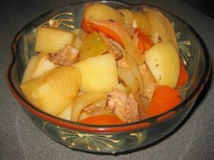 懐かしいおばあちゃんの味☆鶏肉と野菜の田舎煮