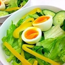 パプリカとトロトロ半熟卵の☆簡単サラダ