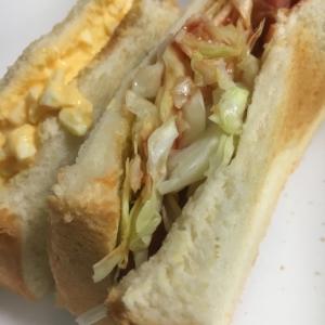 キャベツとウインナーのトーストサンドイッチ☆