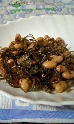 炊き込みご飯の素で大豆と昆布煮