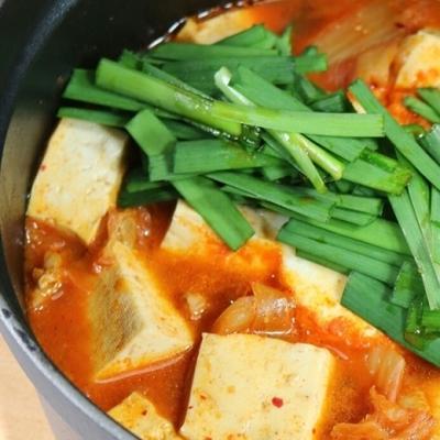 残暑に食べたい!辛さがおいしい「スンドゥブ鍋」