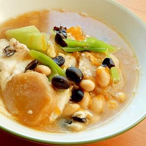 +豆2種で男の手料理❤ネギと卵の味噌汁♪(花麩)