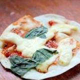 餃子の皮でおいしいマルゲリータピザ