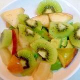 桃とキウイのサラダ