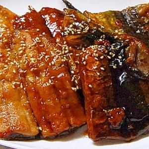 秋刀魚の照り焼き蒲焼き風