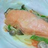 簡単で美味しい!味噌漬け鮭の包み蒸し