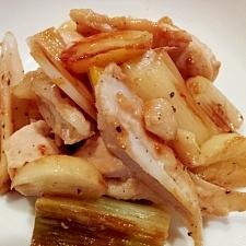 鶏なんこつと鶏むね肉の塩だれ炒め