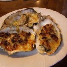 殻付き牡蛎のパン粉焼き