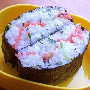 ラップもギュッともなし❤おにぎらず♪(小松菜)