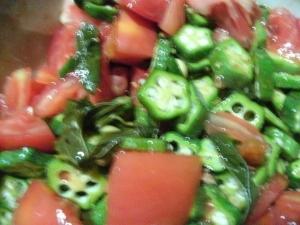 トマトとオクラとモロヘイヤのだし