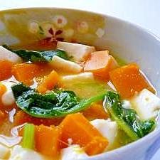 豆腐とかぼちゃの味噌汁