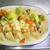レンジだけ☆ヘルシー蒸し野菜と蒸し餃子ワンプレート