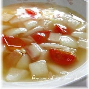 新たまねぎとベーコンとプチトマトのスープ