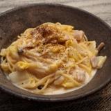 クラシコチーズソースで白菜とチキンのクリームパスタ