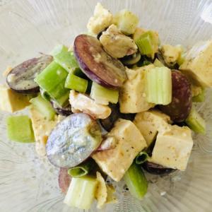 豆腐とセロリのピリ辛サラダ