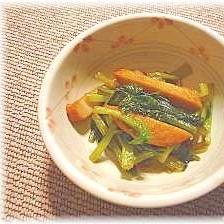和食の定番でもう1品!小松菜とさつま揚げの煮びたし