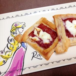 冷凍パイシートで☆ブルーベリークリームチーズパイ