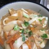 ポカポカ温まる野菜たっぷりだんご汁